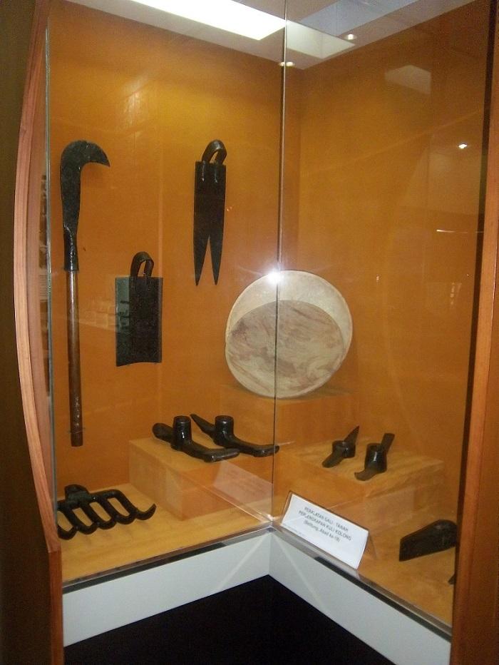 alat penambang kuno