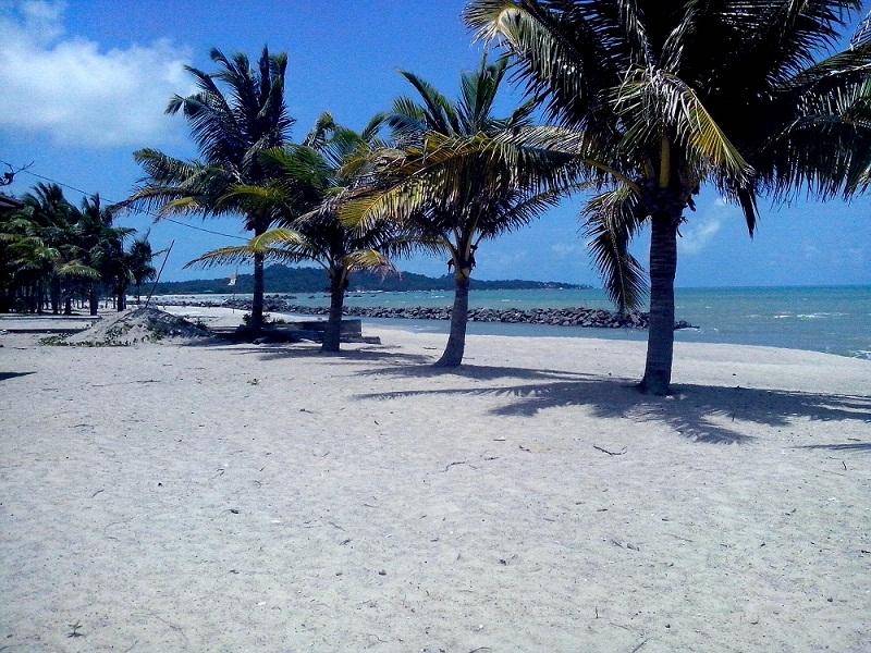 Wisata Pantai Batavia