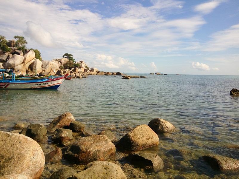 Pantai Turun aban Sungailiat, Bangka